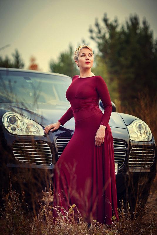 У королевы и автомобиль должен быть соответствующий - Аннета /Анна/ Шу