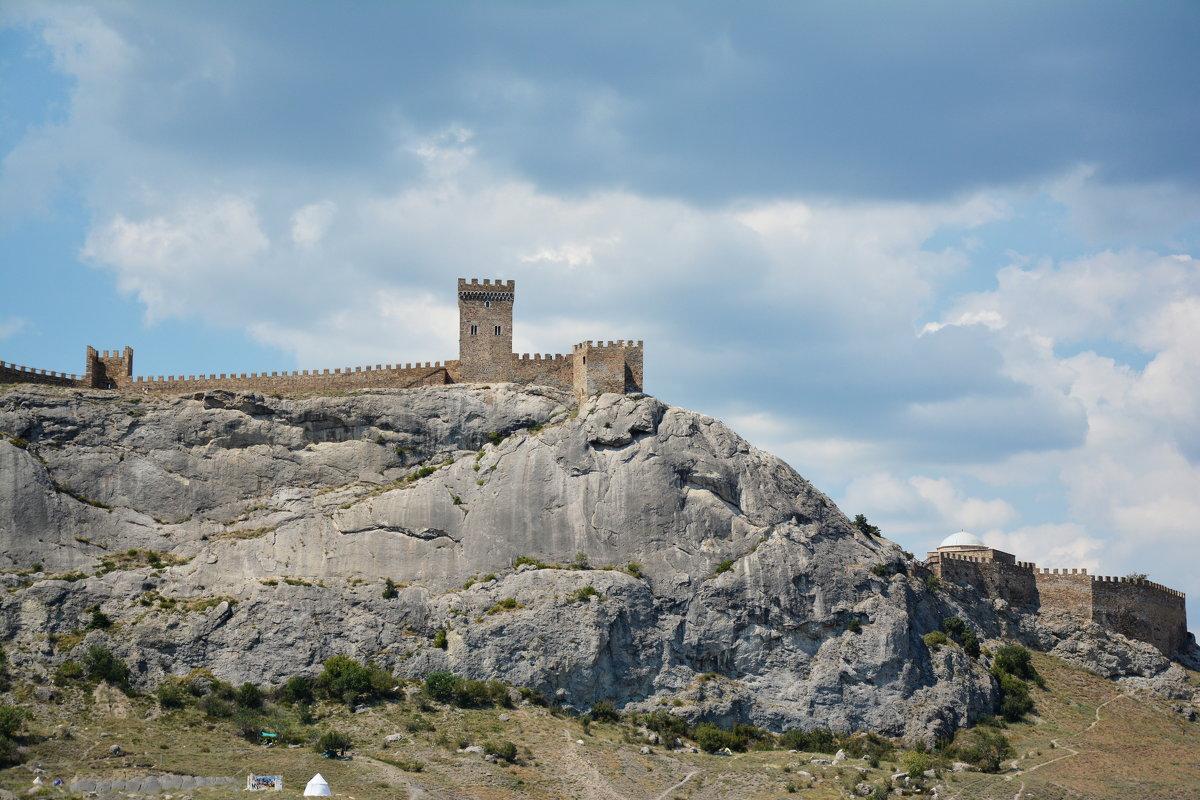 Генуэзская крепость - Наталья Покацкая