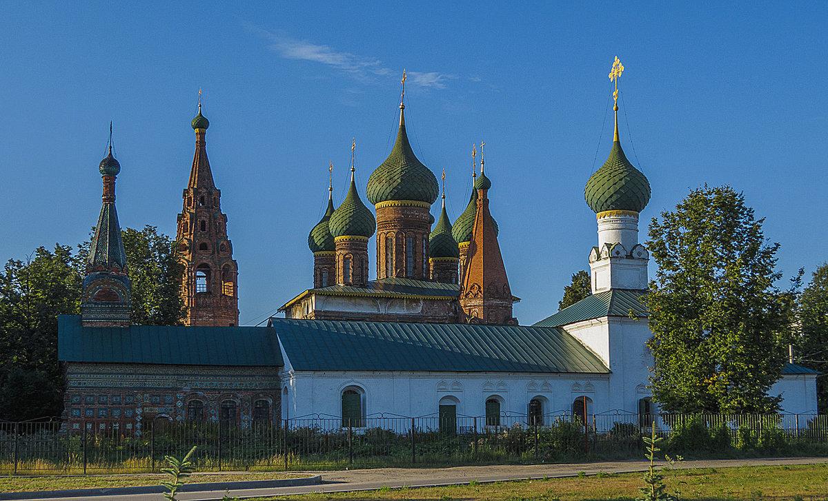 Церкви Тихвинская и Николы Мокрого - Сергей Цветков