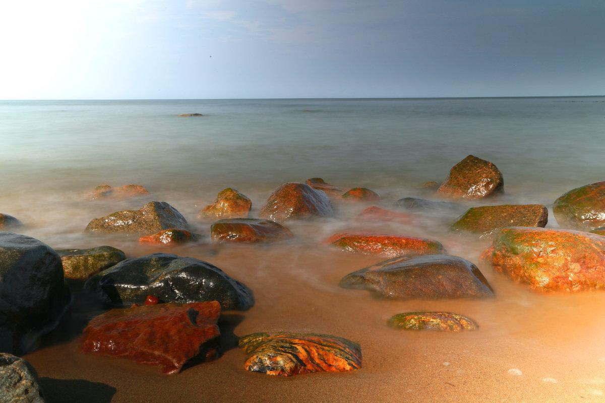 Морские камушки - Михаил