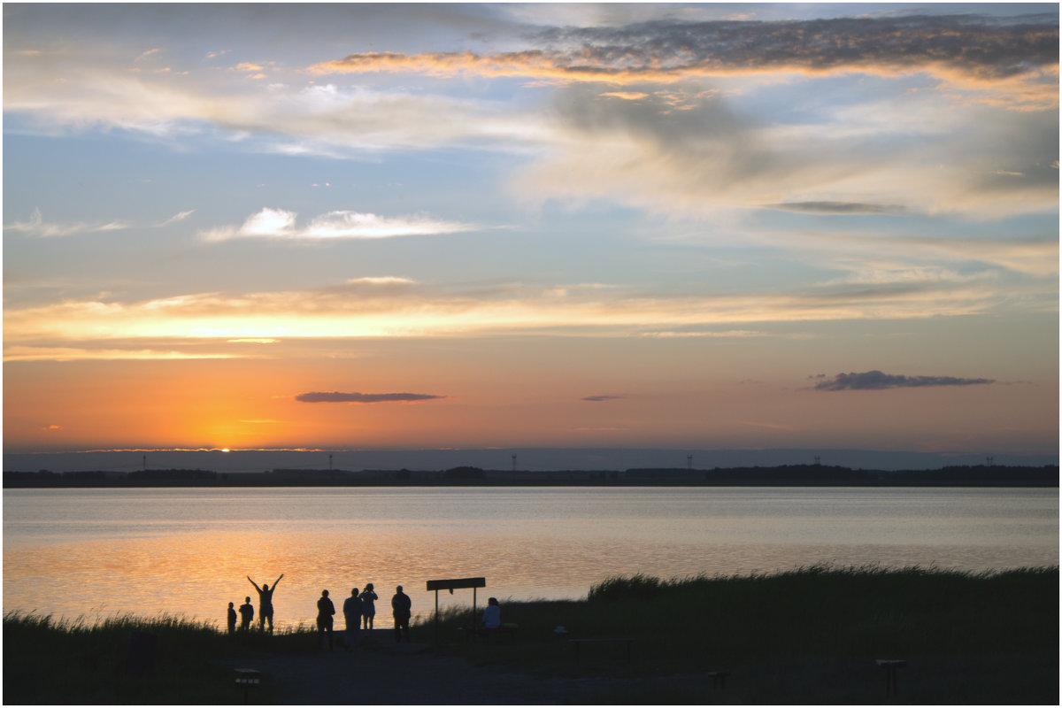 Закат над солёным озером - Елена Исхакова