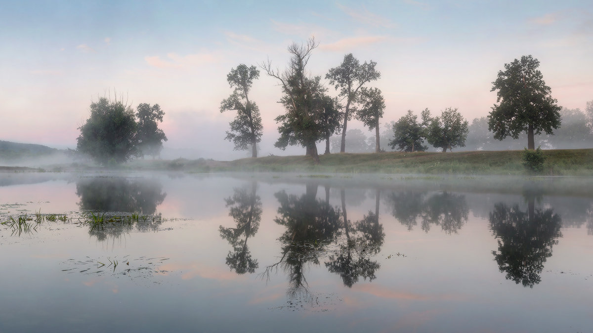 утро на реке Осовец - Михаил Корнилов