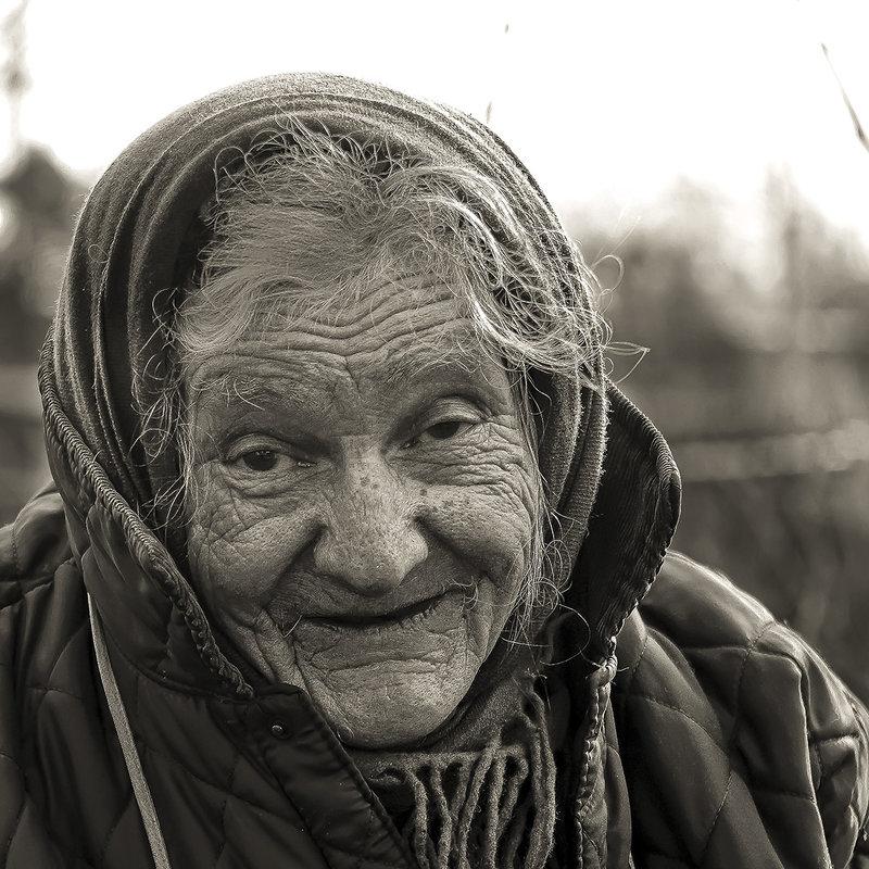 Жизнь прожить - не поле перейти... внучек... - Александр Бойко
