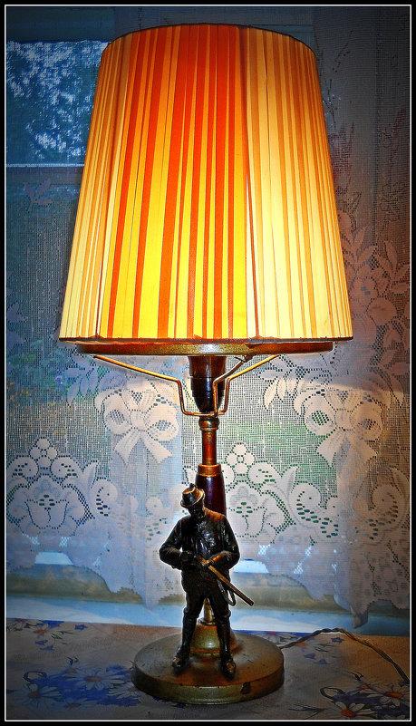Старая лампа - Михаил Малец