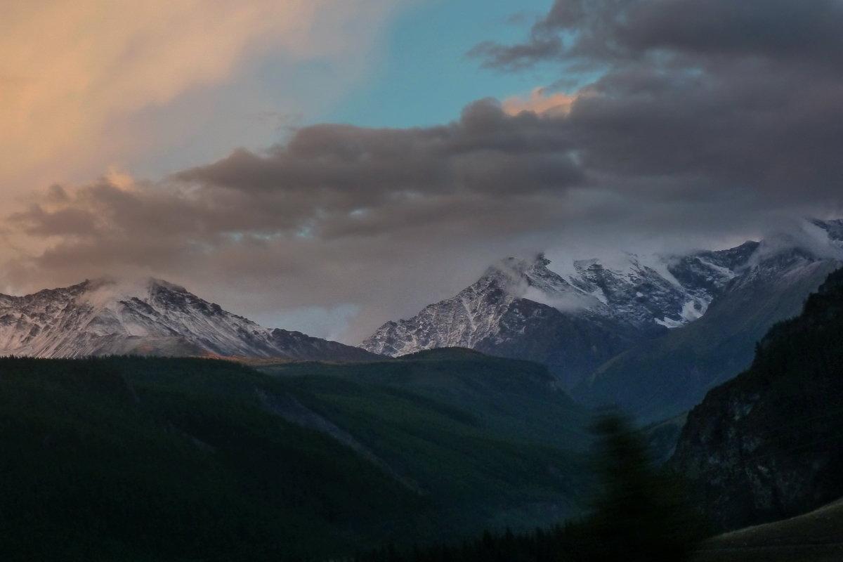 Северо-Чуйский хребет. Вечер - Виктор Четошников