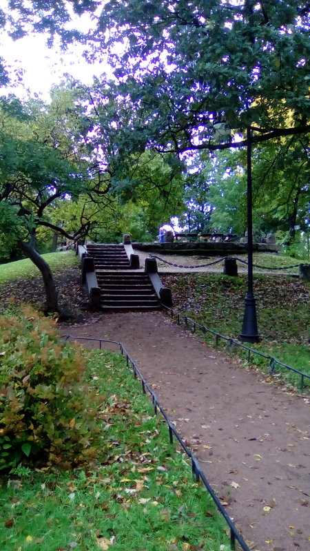 Лестница на пригорке в Александровском саду. - Светлана Калмыкова