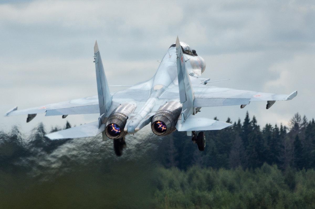 """Растворяясь в небе... Су-30См пилотажной группы """"Соколы Росси"""" - Дмитрий Бубер"""