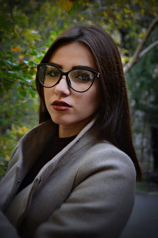 Пронзающий взгляд - Виктория Обрывченко