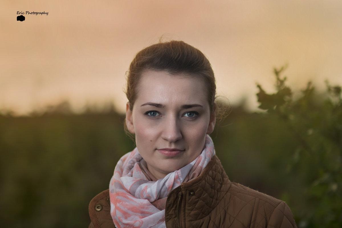 Портрет осенью при закате - Эрик