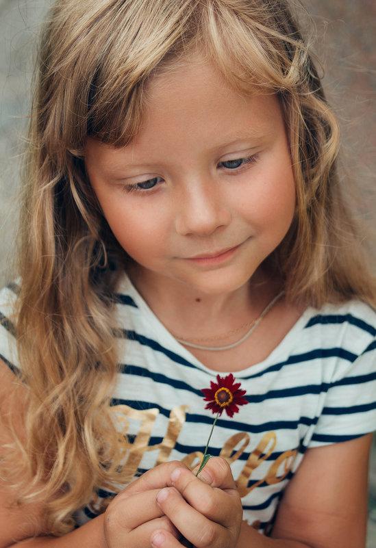 Цветок - Юлия Мухина