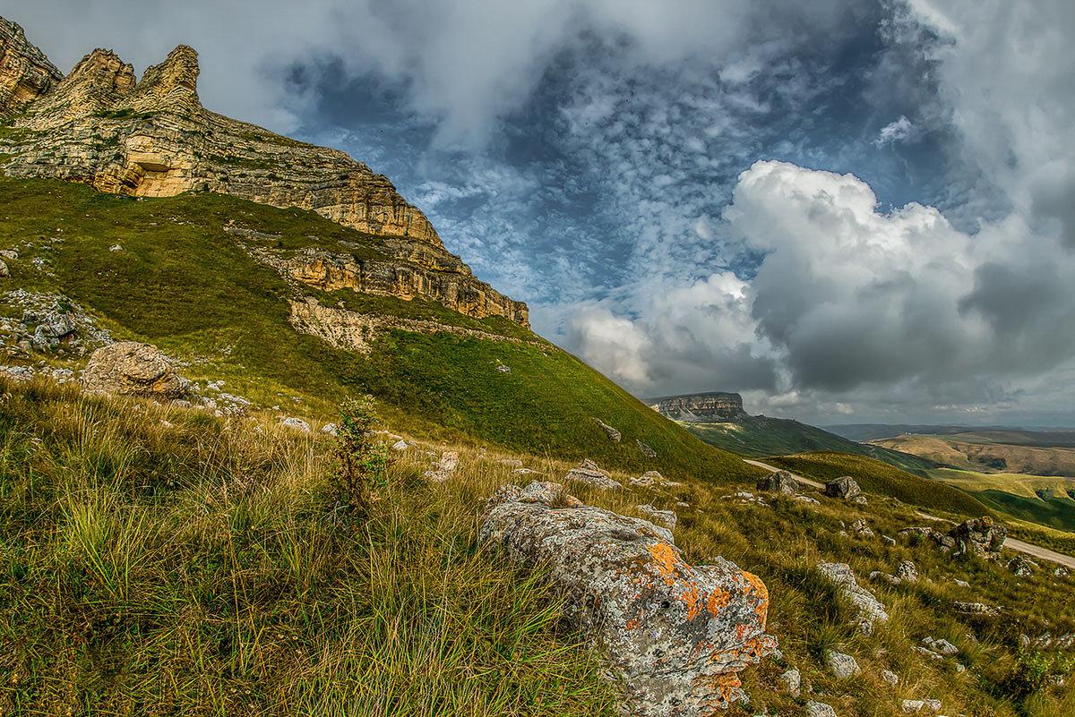 Скалистый хребет на перевале Гум-Баши - anatoly Gaponenko