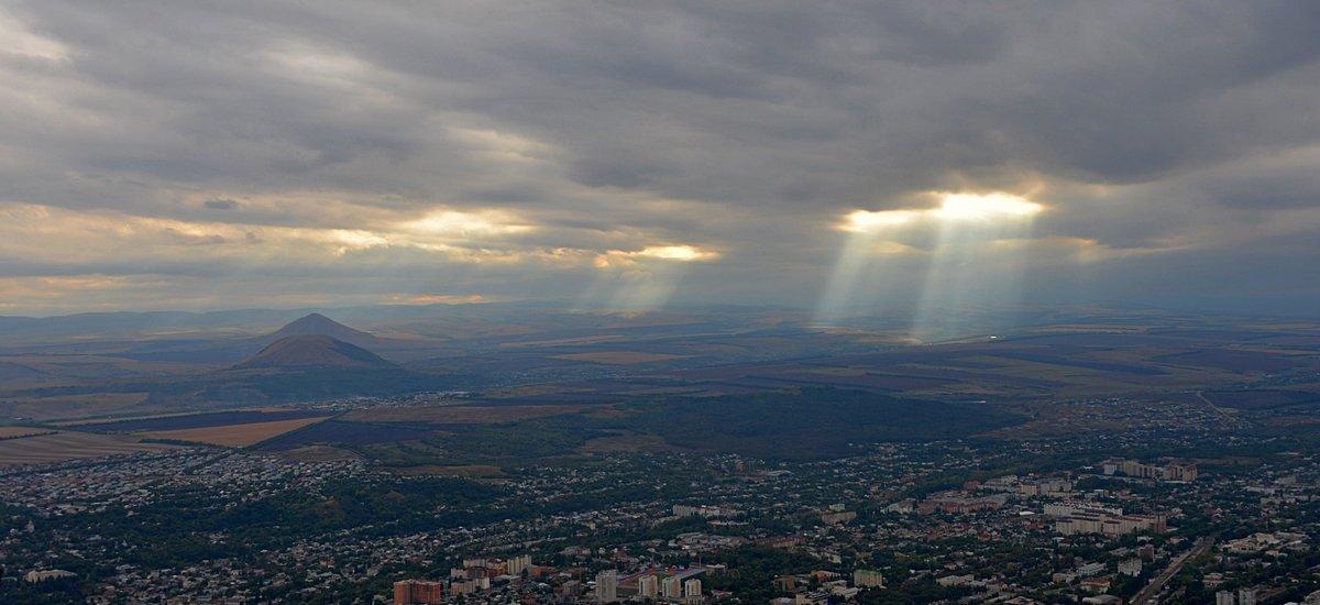 На Кавказе - Олег Потехин