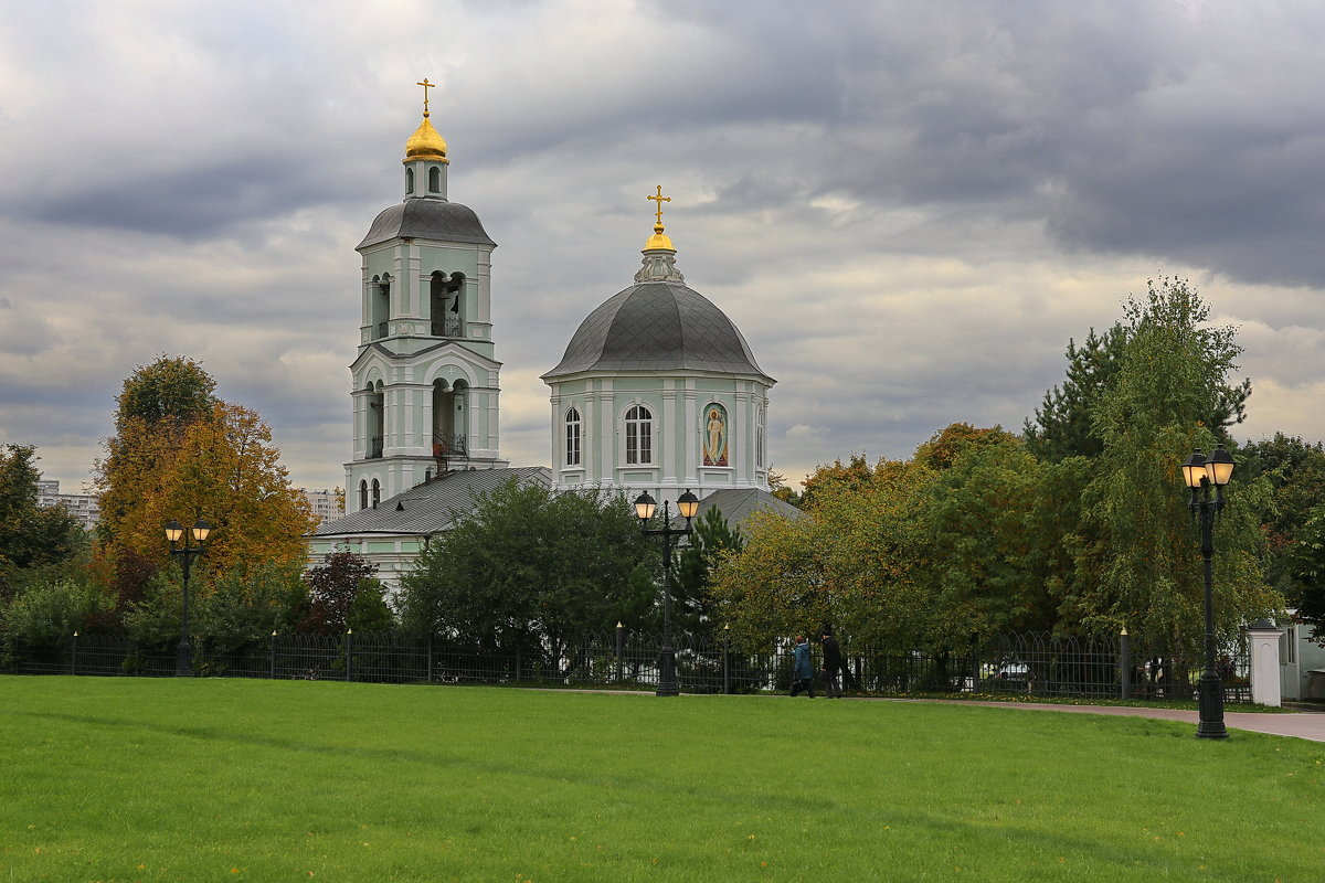 Храм иконы Божией Матери «Живоносный Источник»  в Царицыно - галина северинова