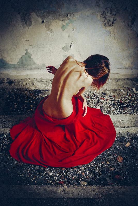 Embrace of Sorrow - Ruslan Bolgov