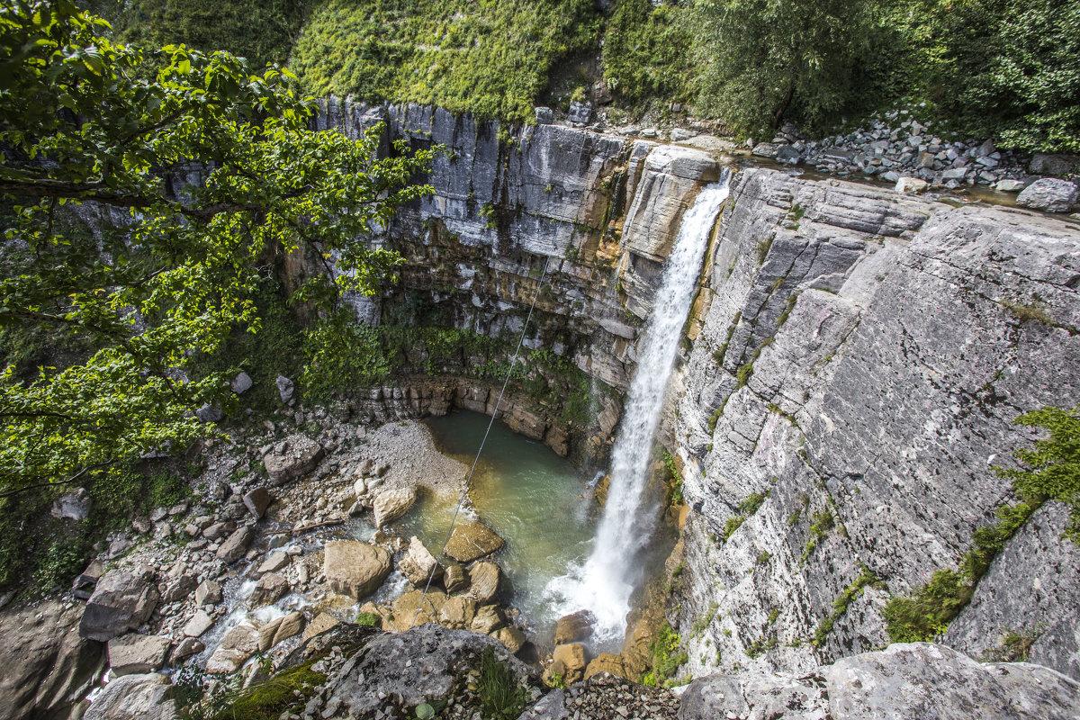 водопад на реке Окаце - Лариса Батурова