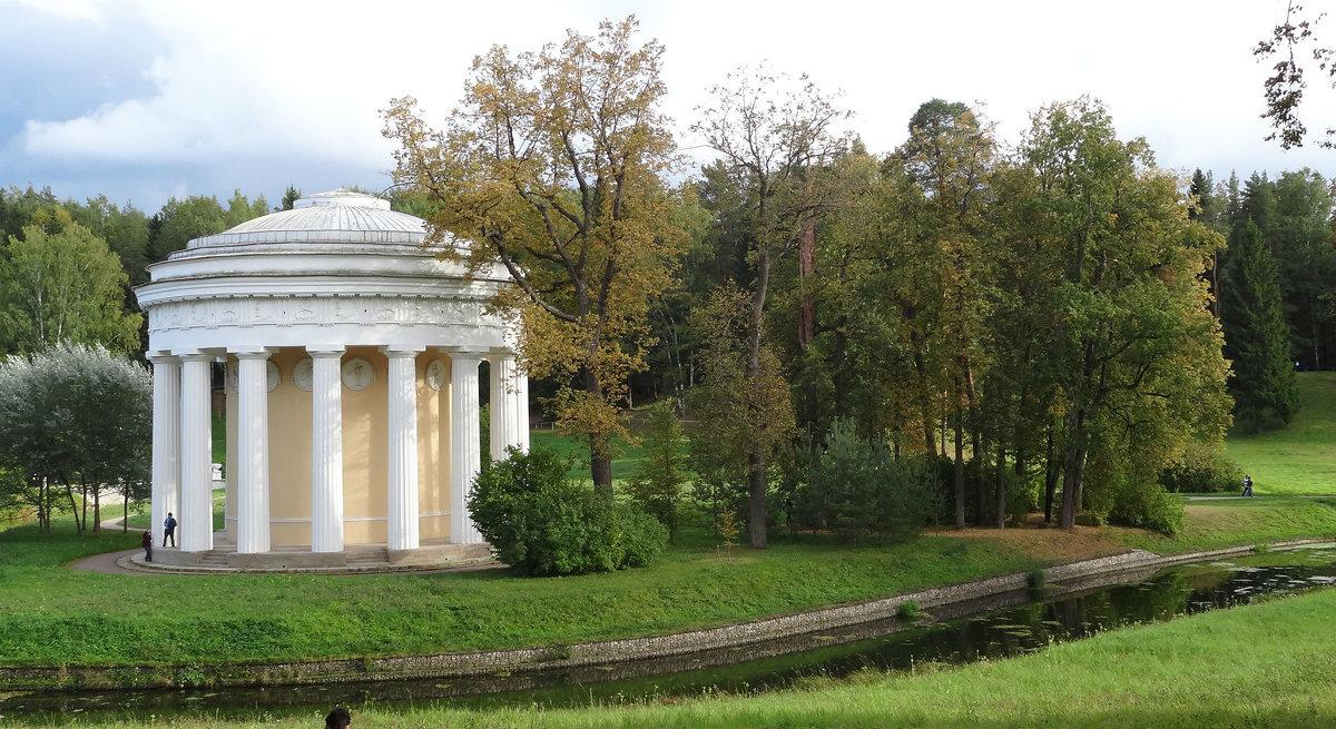 Храм Дружбы - Наталия Короткова