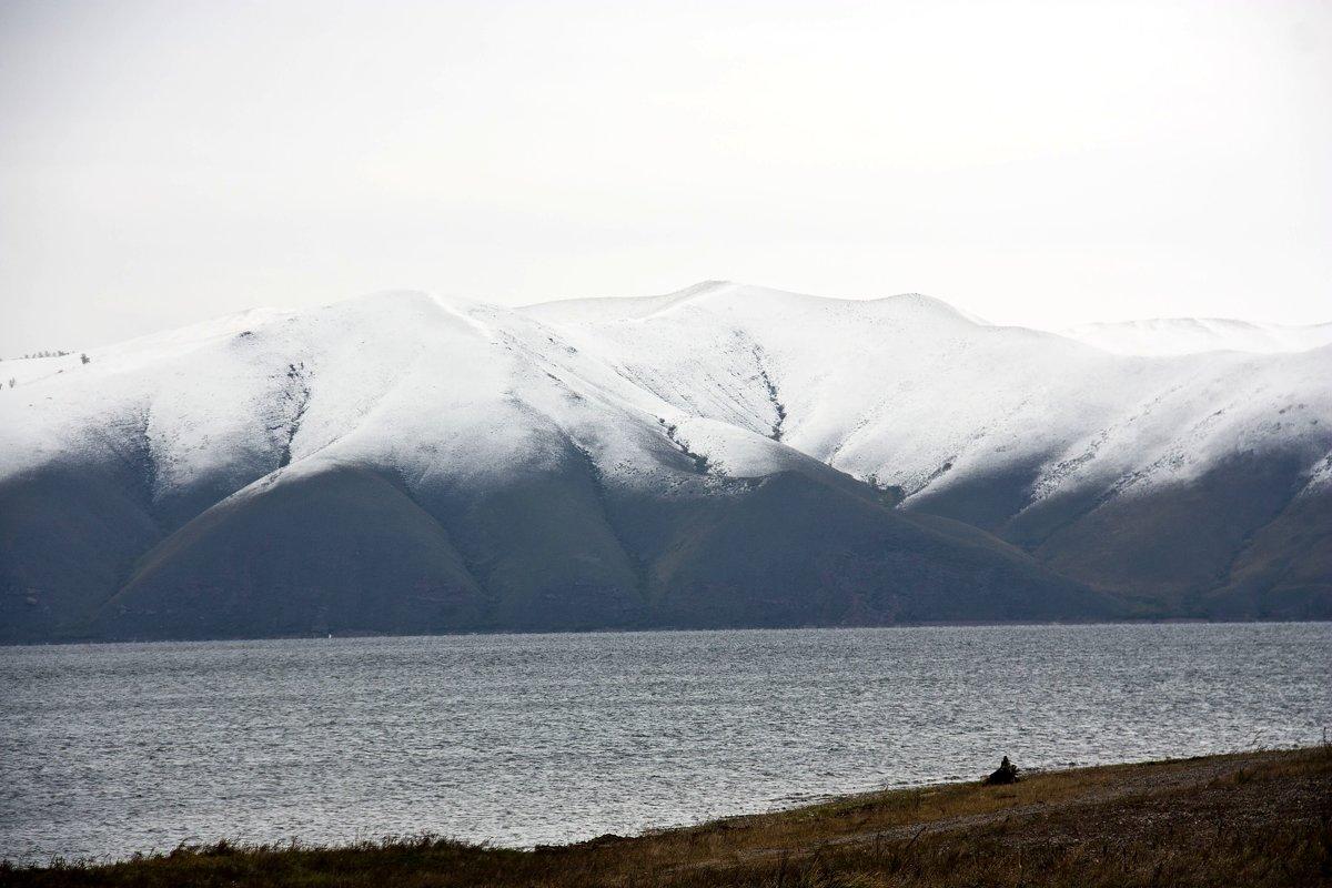 Первый снег - Виктор
