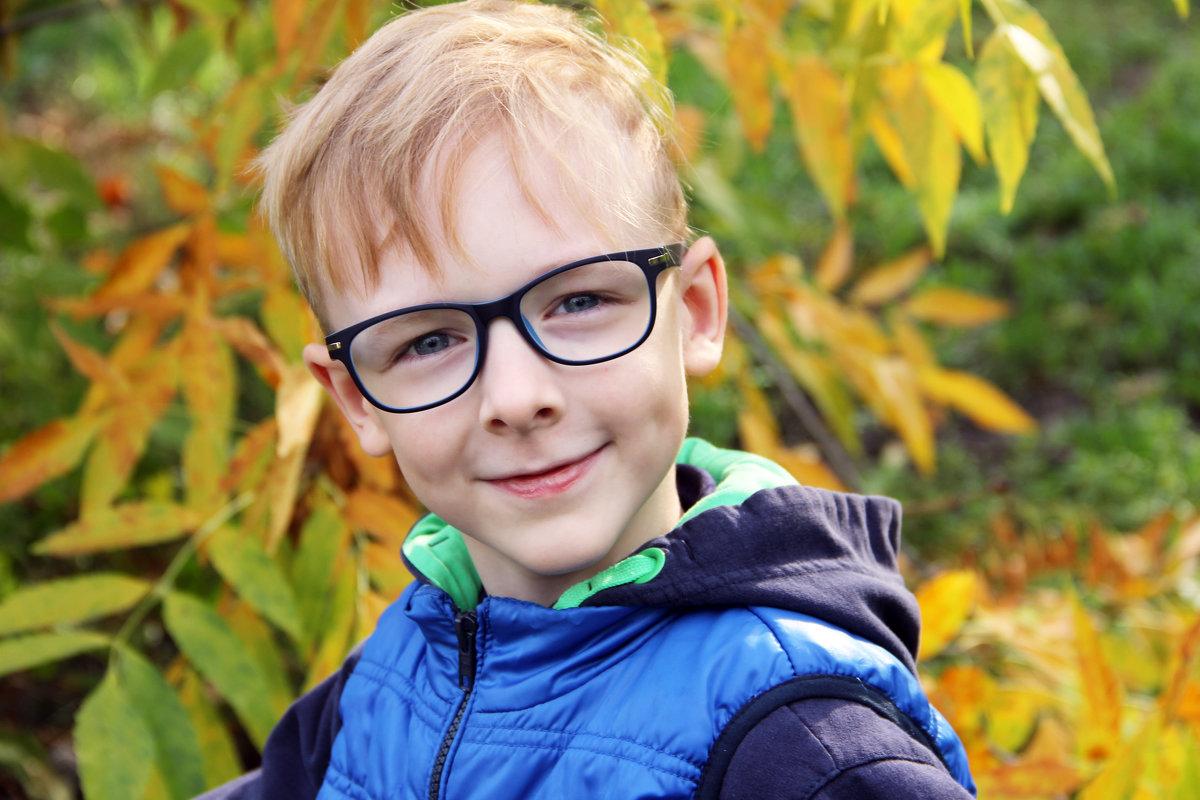 Осенний мальчик - Александр Алексеев