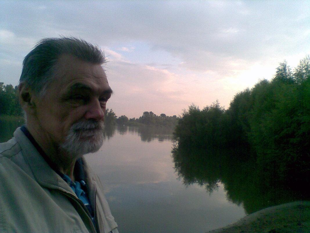 На реке - Владимир Ростовский