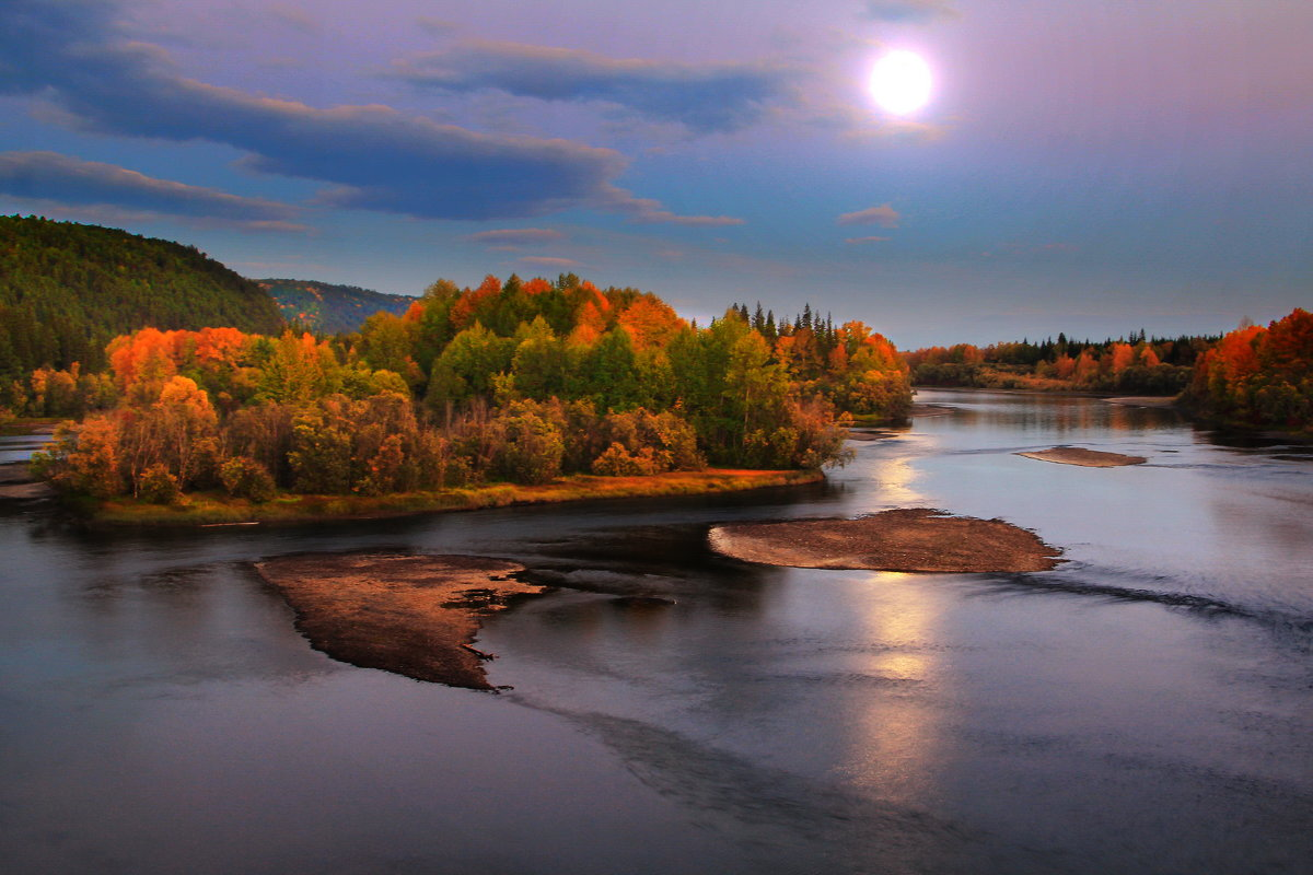 вечерняя луна - Александр