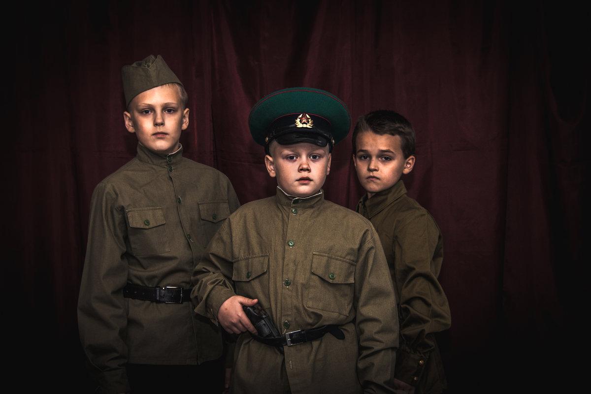 Молодая гвардия - Анна Никонорова