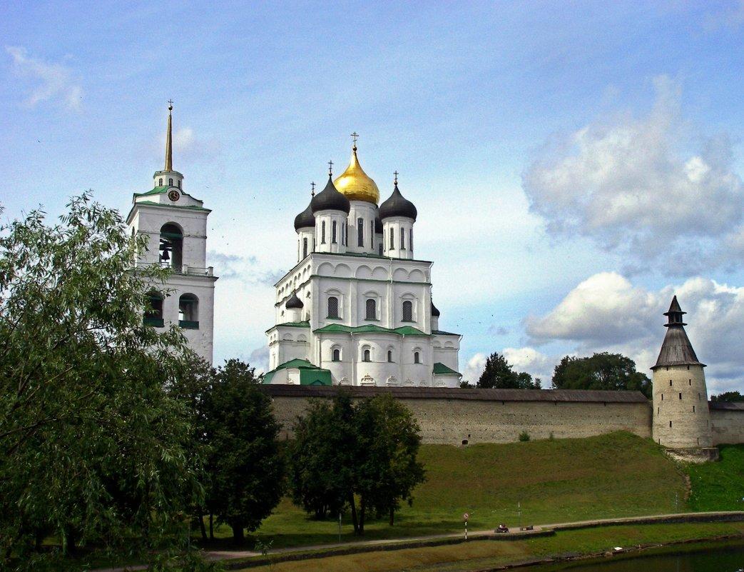 Троицкий собор - Людмила Алексеева