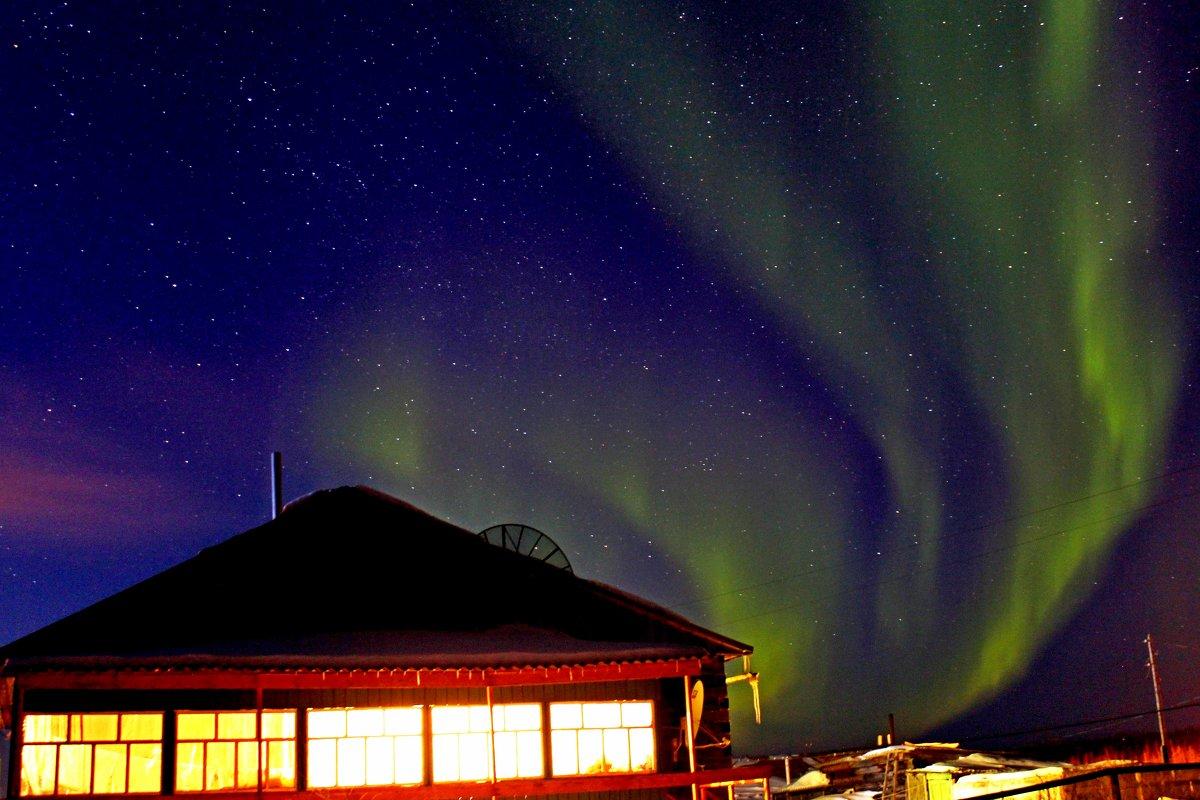 Ночное небо Арктики - Александр Велигура