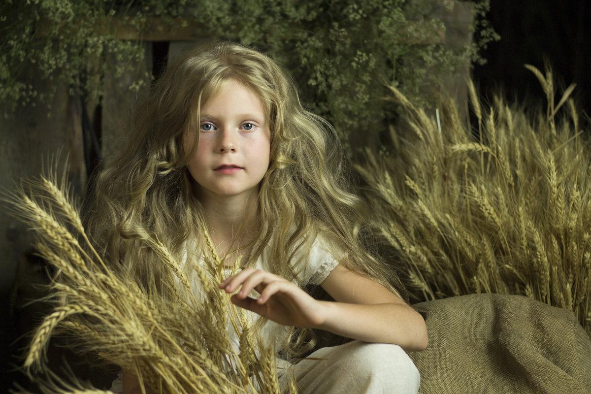 Ангел с пшеничными локонами - Светлана Колимбет