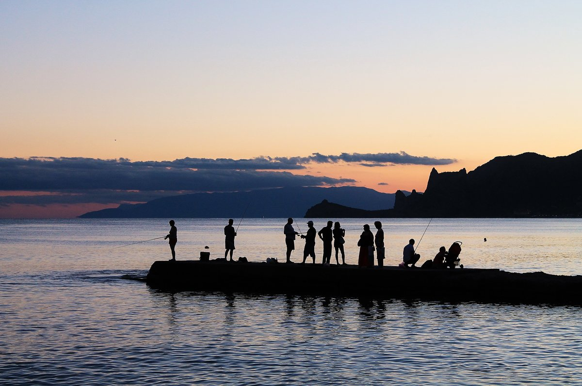Рыбаки на закате - Марина Marina