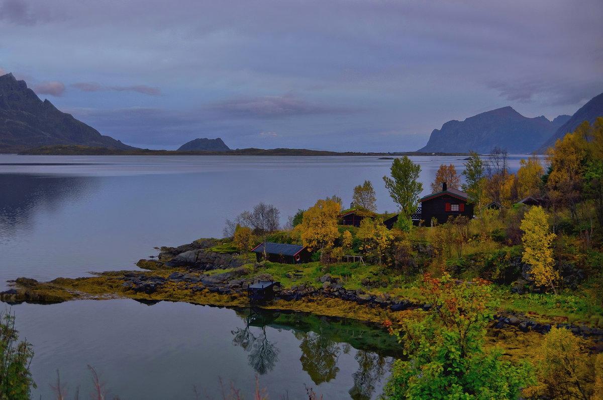 Тихо и так красиво на берегу Skjellbogen - Ирэна Мазакина