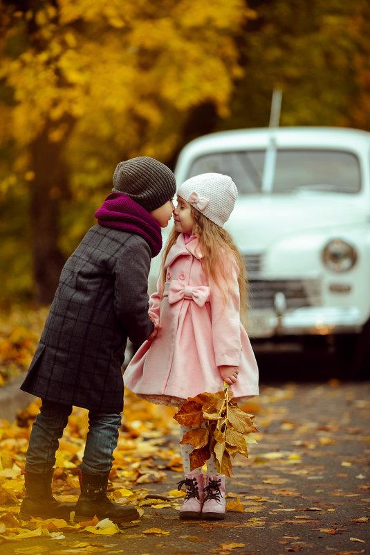 Первая любовь... - Оксана ЛОбова