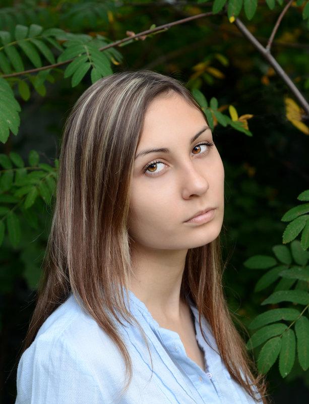 Портрет девушки. - Ирина Голубятникова