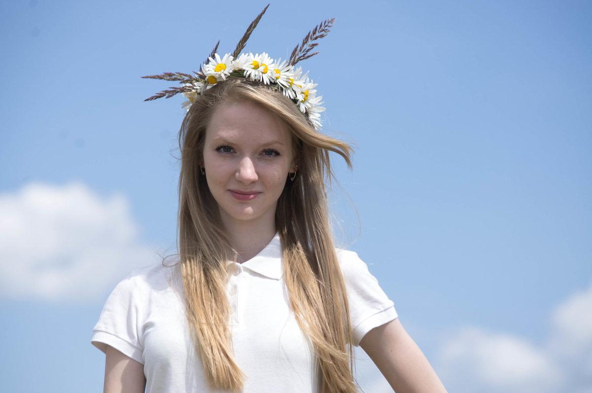 девушка - лето - Вера Иванова