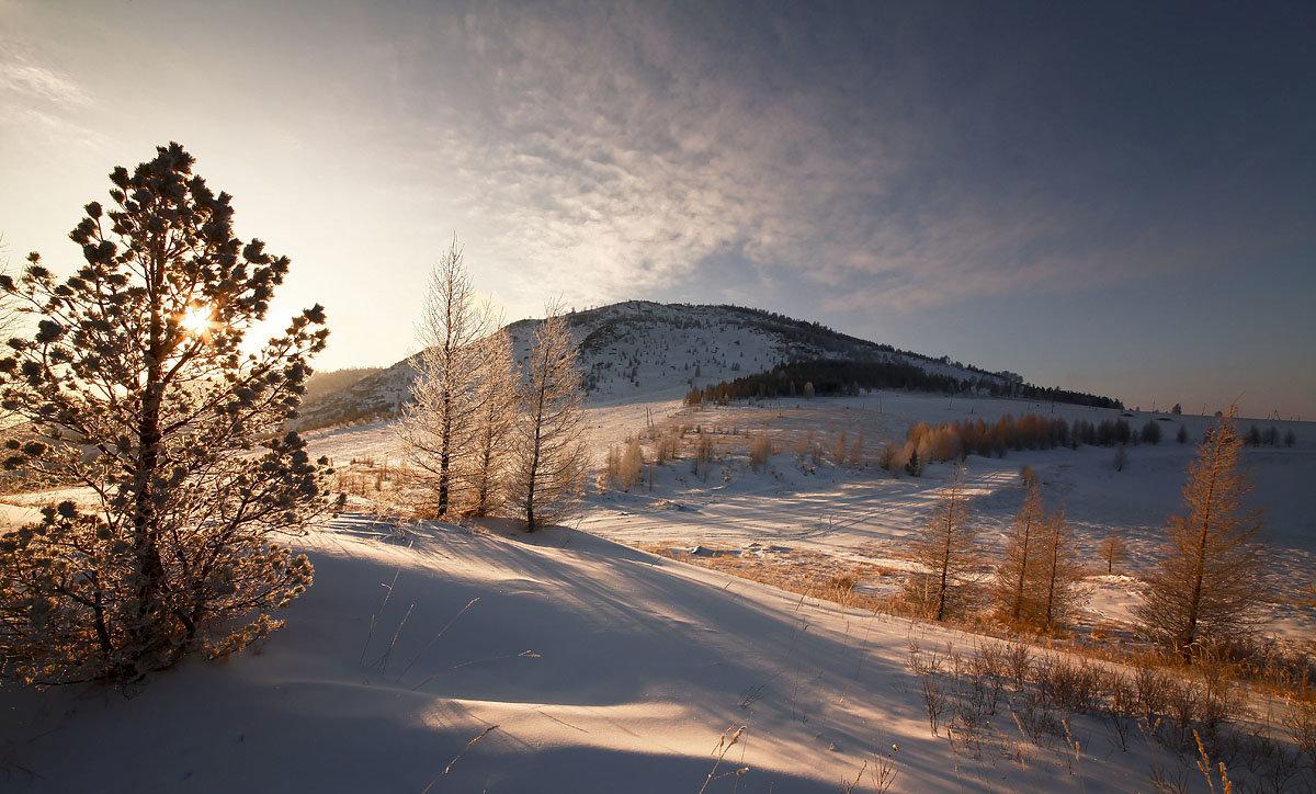 На горы зимние, взор Ваш, пусть неутомимым будет 2 - Сергей Жуков