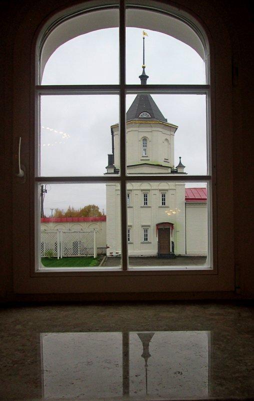 Взгляд в окно. - Михаил Попов