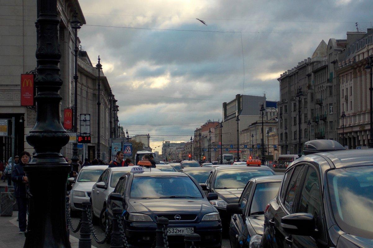 Лиговский проспект в Санкт-Петербурге - Фотогруппа Весна.