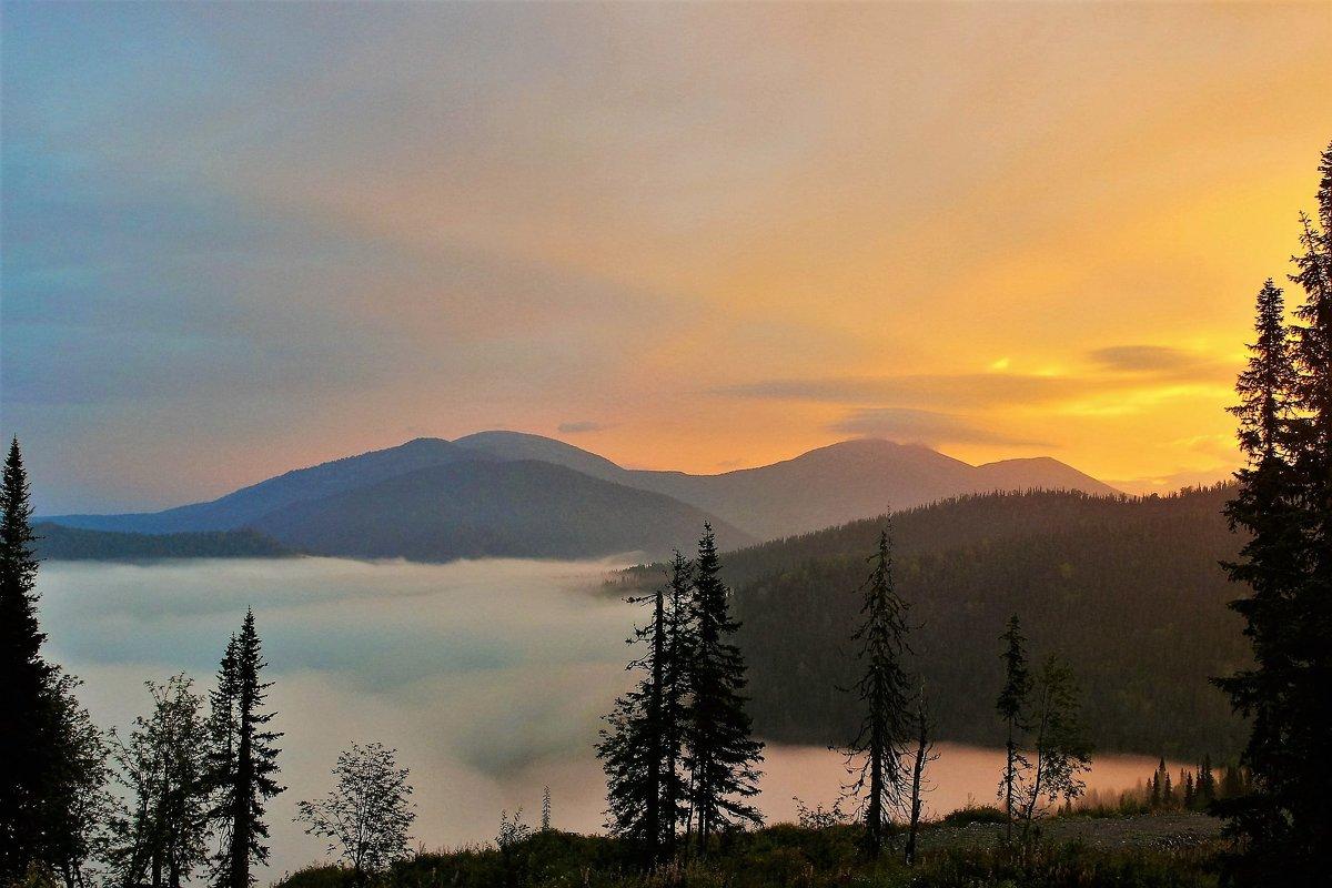 Рассвет в горах - Сергей Чиняев