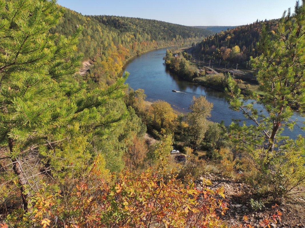 осень на сылве 4. вид с горы ермак - Константин Трапезников