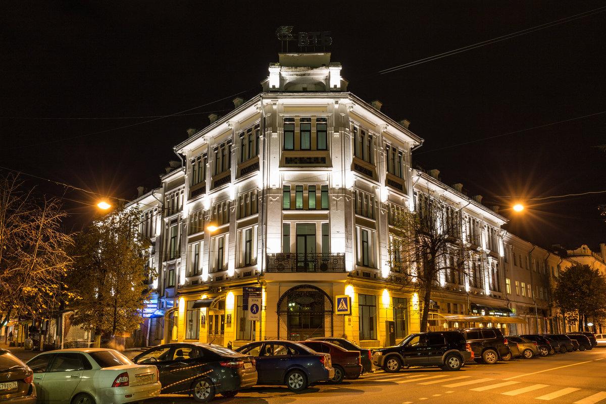 Старая гостиница - Дмитрий Николаев