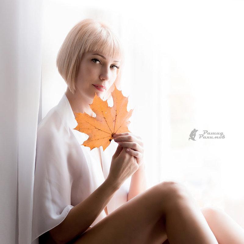 Осень — это вторая весна, когда каждый лист — цветок. Альберт Камю - татьяна М