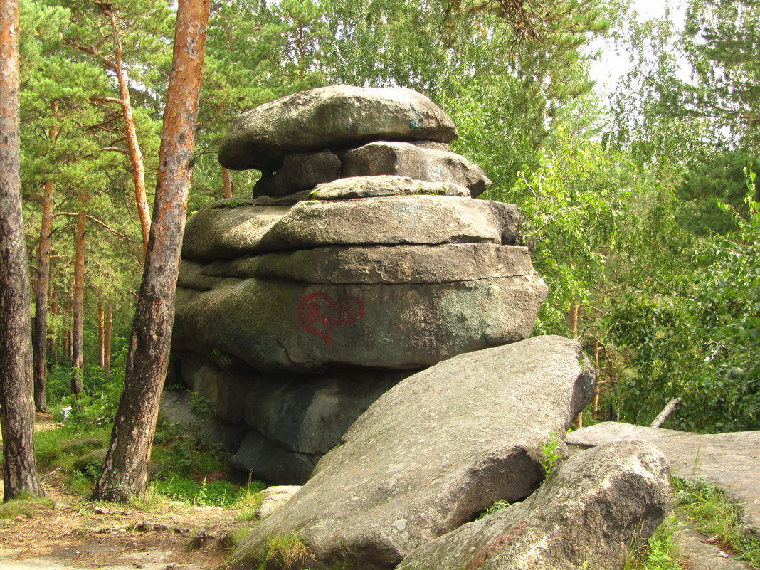 каменные палатки - tgtyjdrf