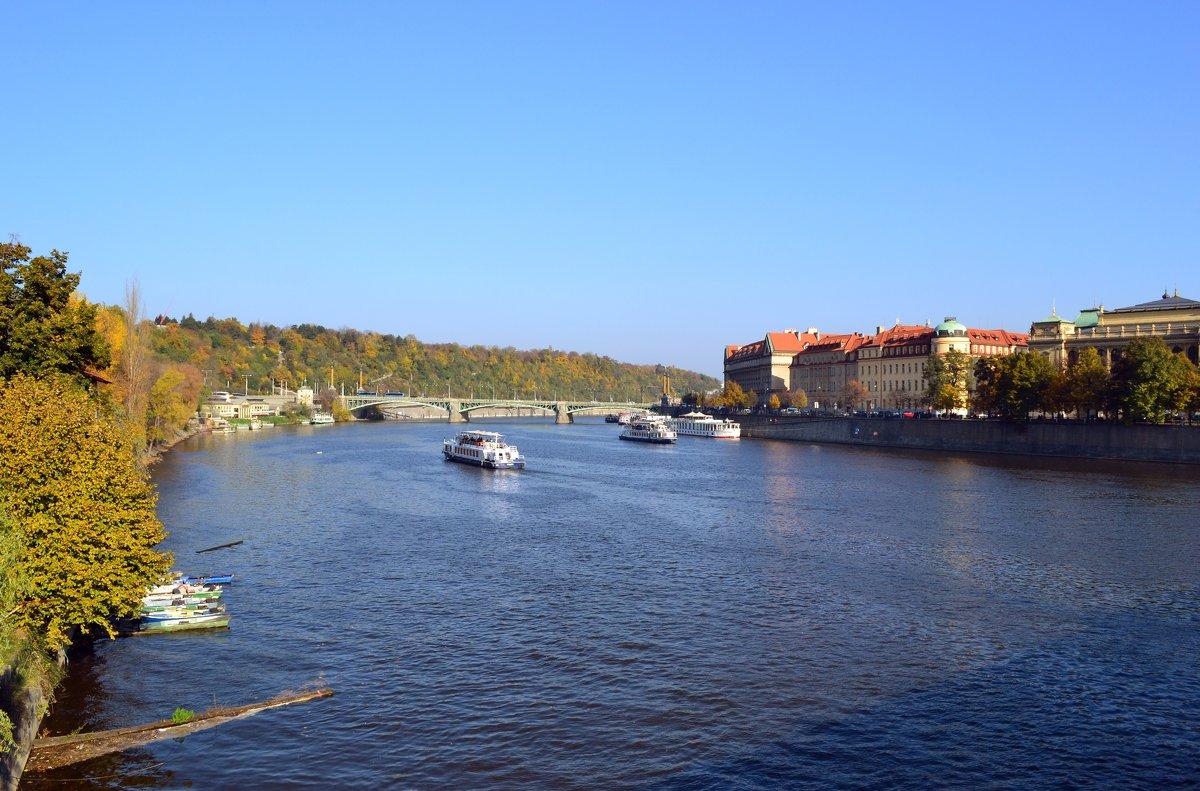 Кораблики на Влтаве - Ольга