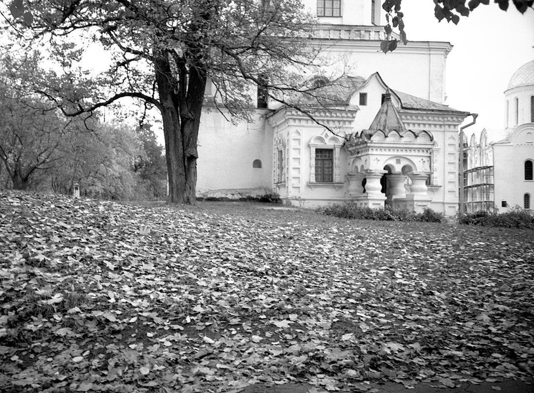 Осенью - Сергей Тарабара