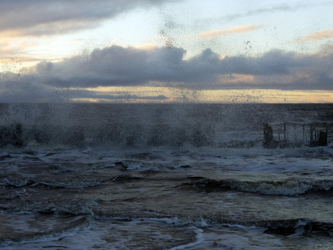 Северодвинск. Белое море. Сегодня штормит (4) - Владимир Шибинский