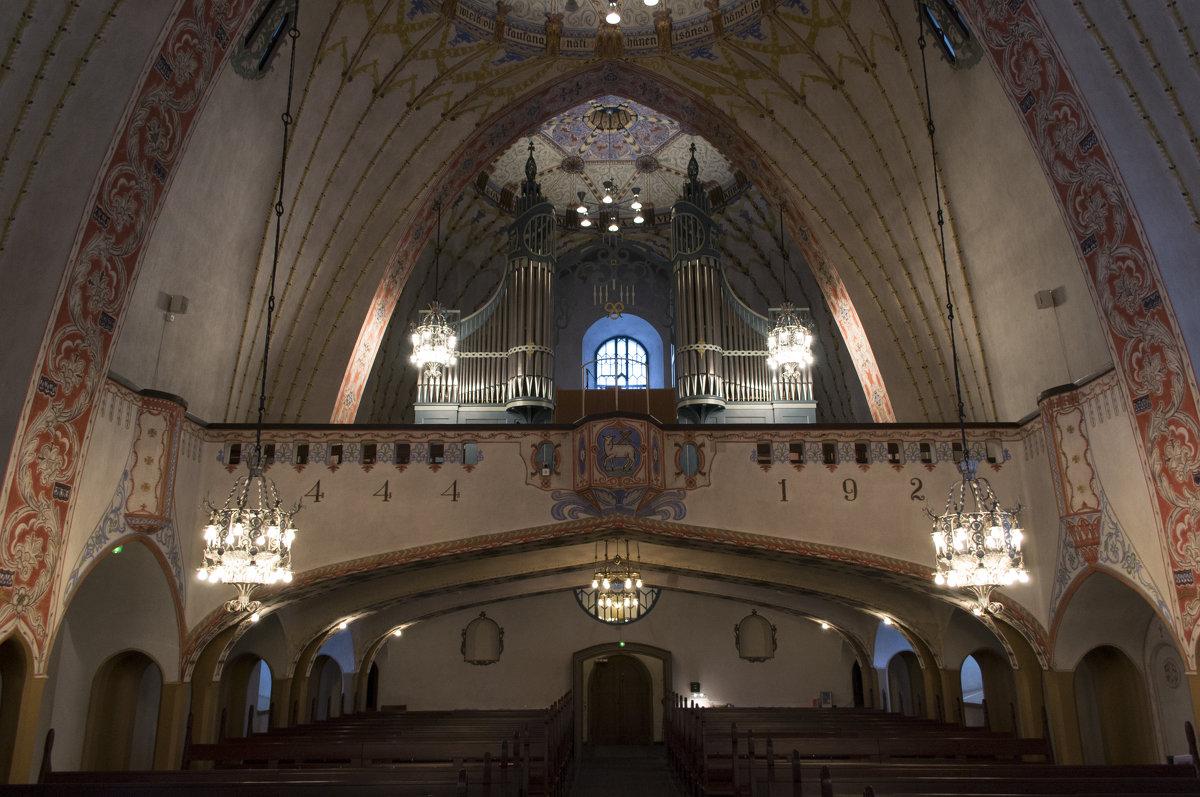Интерьер церкви в местечке Ламми в южной Финляндии - Андрей Ногтев