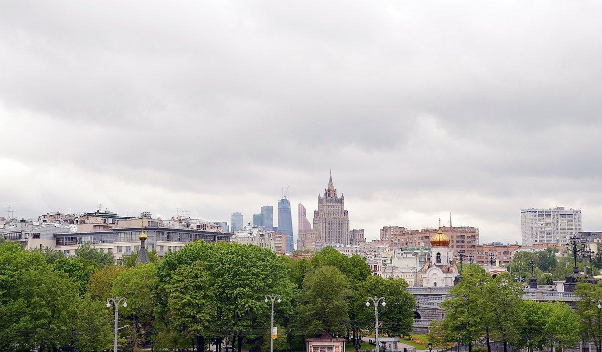 Вид с Патриаршьего моста - Владимир Болдырев