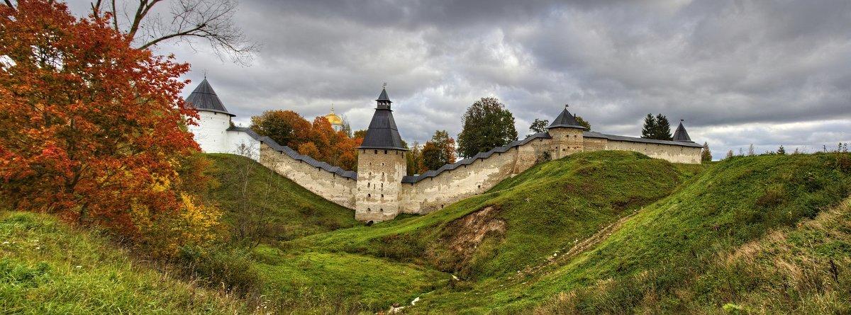 Крепостные стены - Константин
