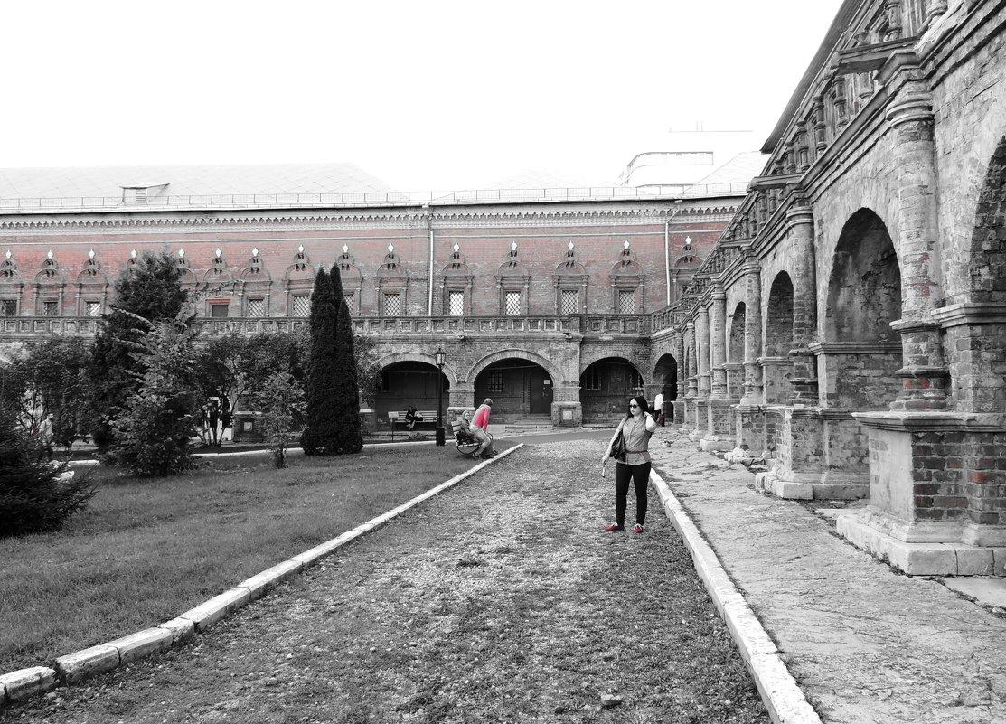 Высоко-Петровский монастырь на улице Петровка в Москве - Елена Ом