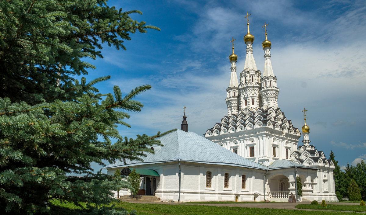 Церковь Иконы Божией Матери Одигитрия в Предтеченском Вяземском монастыре - Олег Козлов