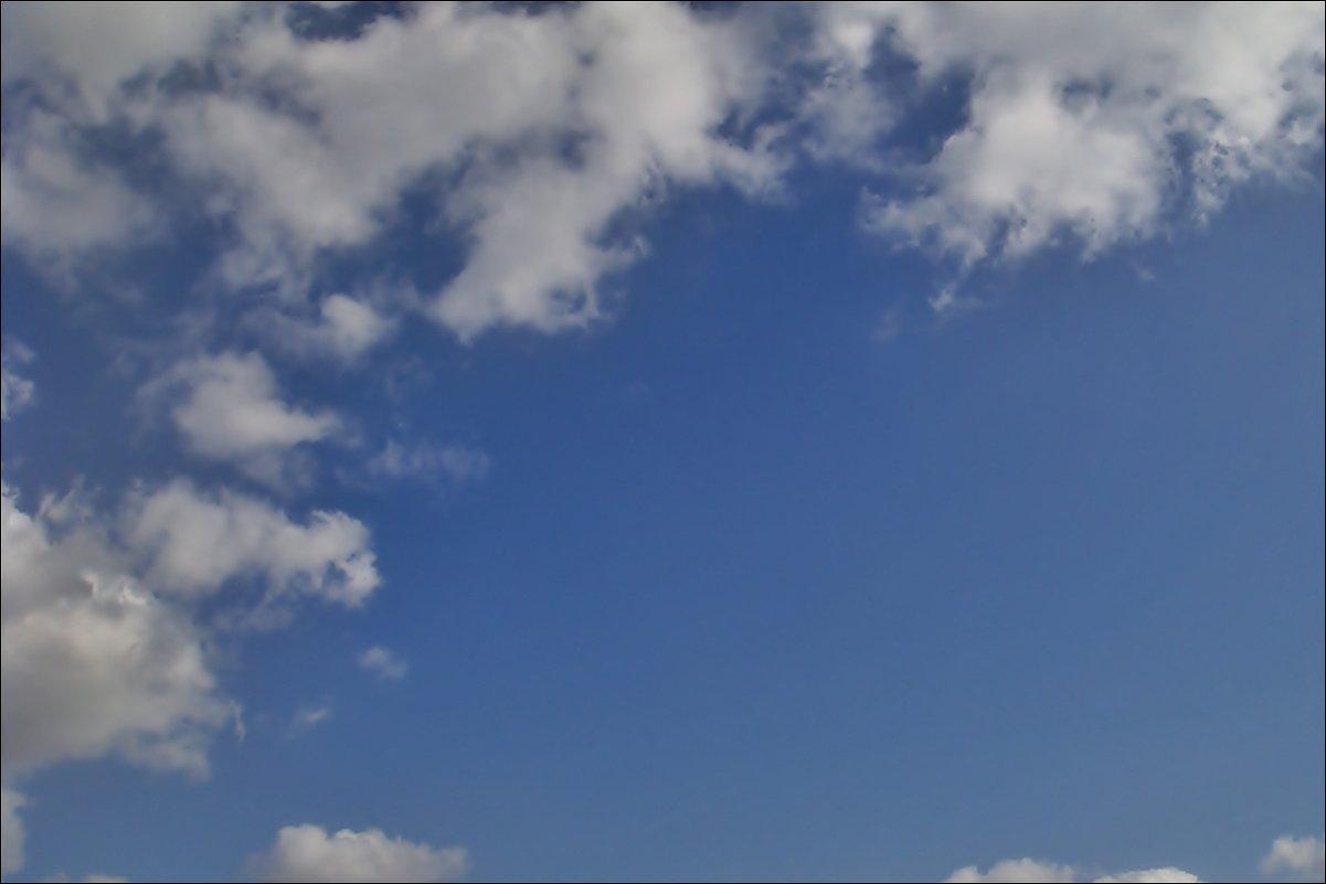 Набегающие облака - Нина Корешкова